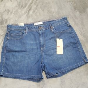 LEVI'S HIGH RISE JEAN SHORTS MEDIUM WASH NEW